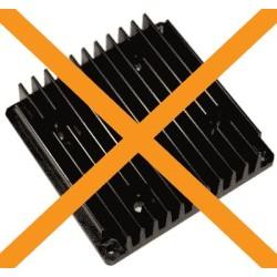 Carte fond de panier avec de multiple connecteurs dorés sur